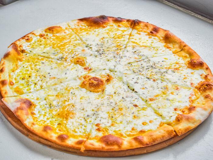 Пицца Куатро Формаджио