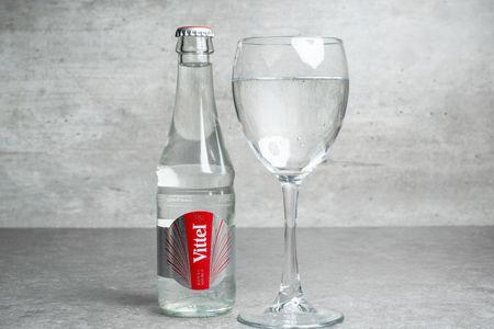 Вода Виттель