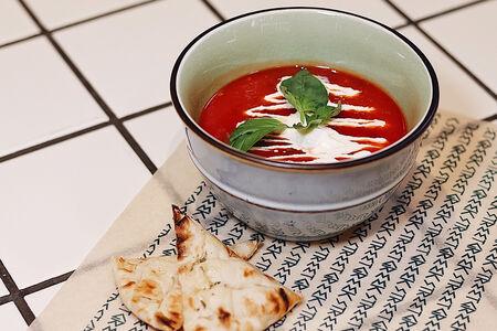 Суп Томатный с фетой и базиликом