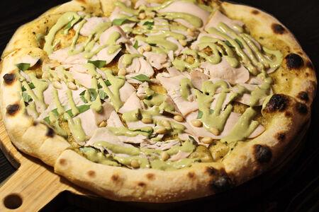 Пицца Индейка с песто
