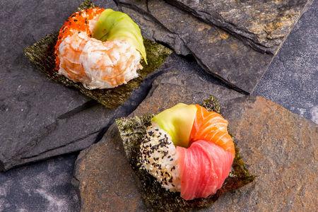 Суши-Донатс с угрем