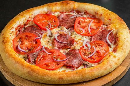 Пицца Баварская мясная
