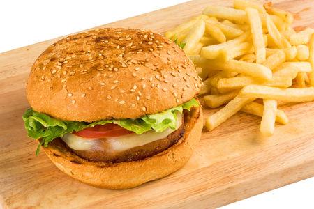 Бургер с куриной котлетой и картофелем фри
