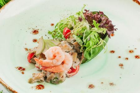 Салат Авокадо Гамбретти