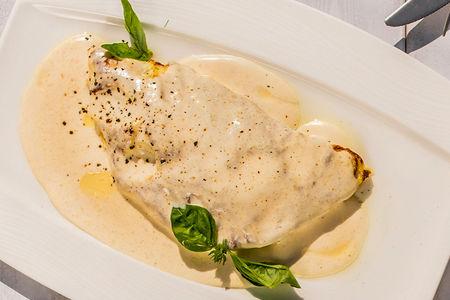 Омлет с лососем слабого посола и сливочным сыром