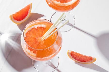 Лимонад с грейпфрутом и лемонграссом