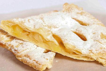 Испанская слойка с ананасом
