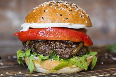 Бургер Трюфельный с говядиной