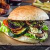 Фото к позиции меню Бургер с овощами гриль