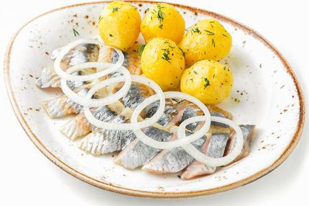 Закуска Селедка с картофелем