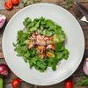 Фото к позиции меню Микс салатов с запеченной говядиной