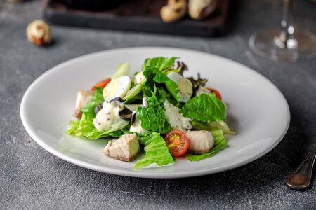 Салат из стерляди и маслин