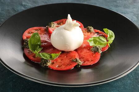 Салат Моцарелла Буррата с томатами