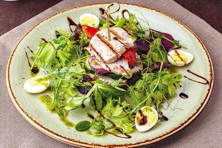 Гриль-салат с индейкой