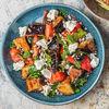 Фото к позиции меню Теплый салат с хрустящими баклажанами