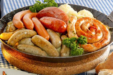 Баварская колбасная сковородка