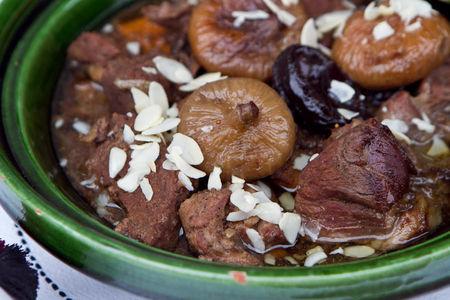 Тажин из баранины с бататом и инжиром (маленький)