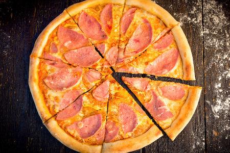 Пицца Сырная ветчина