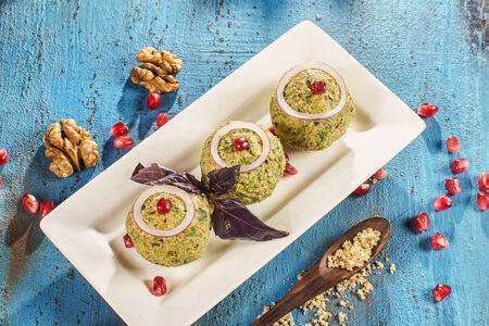 Пхали с зеленой фасолью