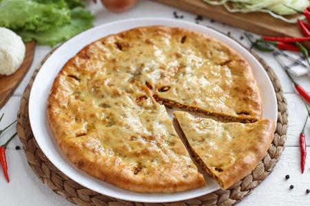 Пирог осетинский с острой капустой