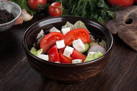 Овощной салат с горной заправкой