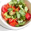Фото к позиции меню Салат из помидоров с каперсами