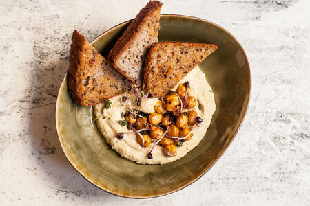 Хумус с пряным нутом и чабрецом