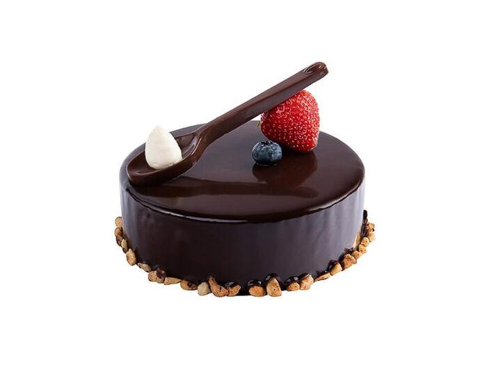 Торт шоколадный с пломбиром