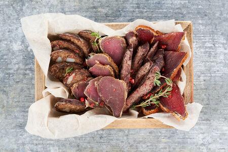 Ассорти из вяленого мяса