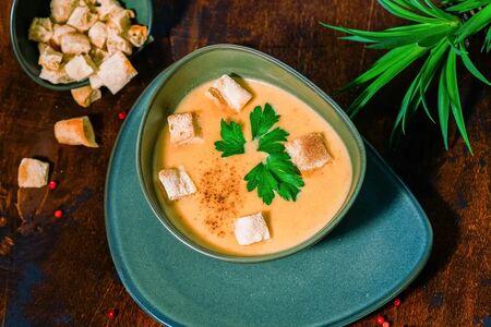 Крем-суп Из чечевицы со сливками