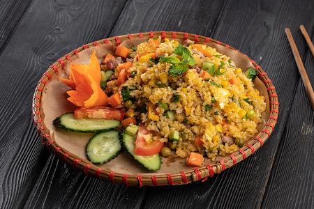Жареный рис Ком Занг Бо