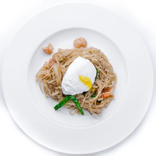 Рисовая лапша с креветками в устричном соусе