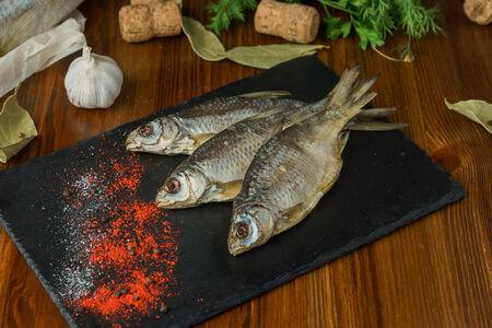 Рыба тарань вяленая