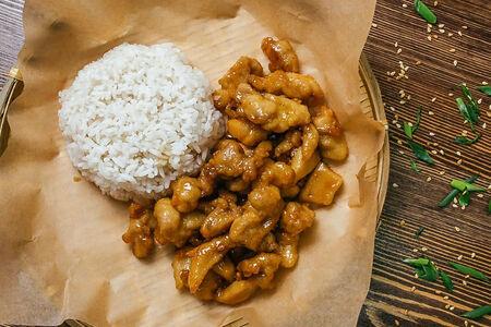 Курица с рисом Га Чуа Нгот