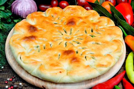 Пирог с сыром, шпинатом и зеленью