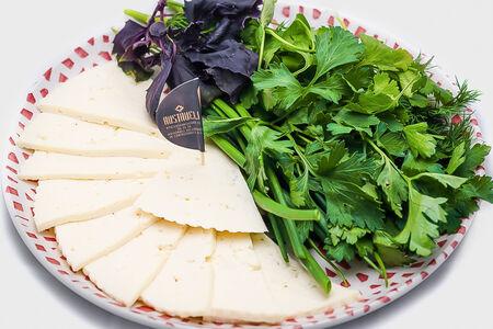 Сыр домашний с зеленью