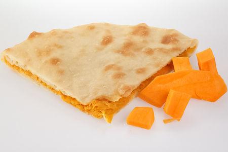 Пирог с тыквой и жареным луком