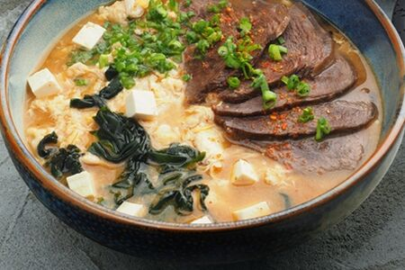 Кимчи(острый суп Кимчи с говядиной)