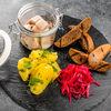 Фото к позиции меню Селедочка с картофелем, маринованным луком и гренкам