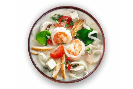 Суп Том Ха