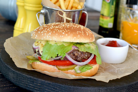 Чизбургер с говядиной