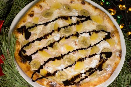 Сладкая пицца Тутти-фрутти