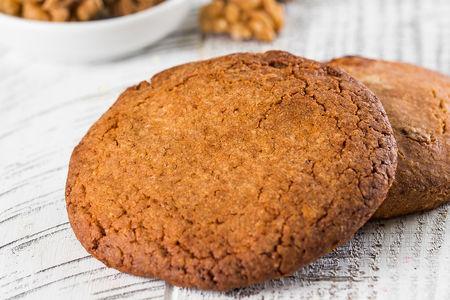 Овсяное печенье с грецким орехом
