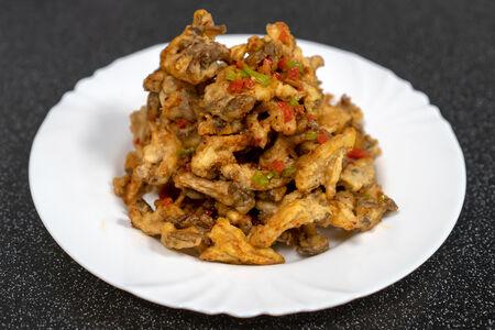 Пряно-соленые хрустящие грибы в кляре