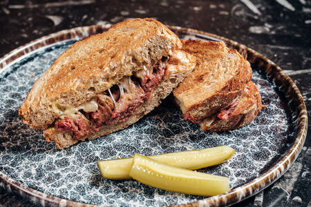 Пастрами-сэндвич