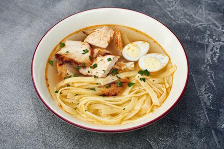Суп Куриная лапша с перепелиным яйцом