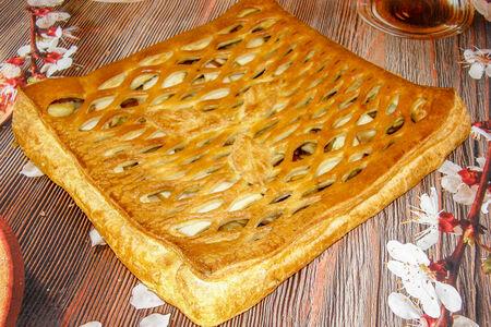 Пирог с черникой из сдобного теста
