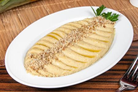 Хумус с грецкими орехами