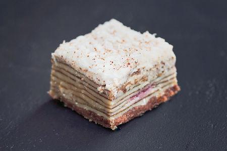 Торт Наполеон клубничный мини