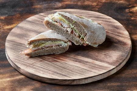 Мини сэндвич со свининой
